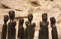 Simon Bertin, sculpture, forgeron, tête, homme, foule Collectif du Château de Verchaüs, Viviers, Ardèche, résidence, atelier