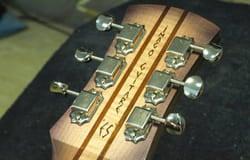 Rico Priet, luthier, guitare Collectif du Château de Verchaüs, Viviers, Ardèche, résidence, atelier